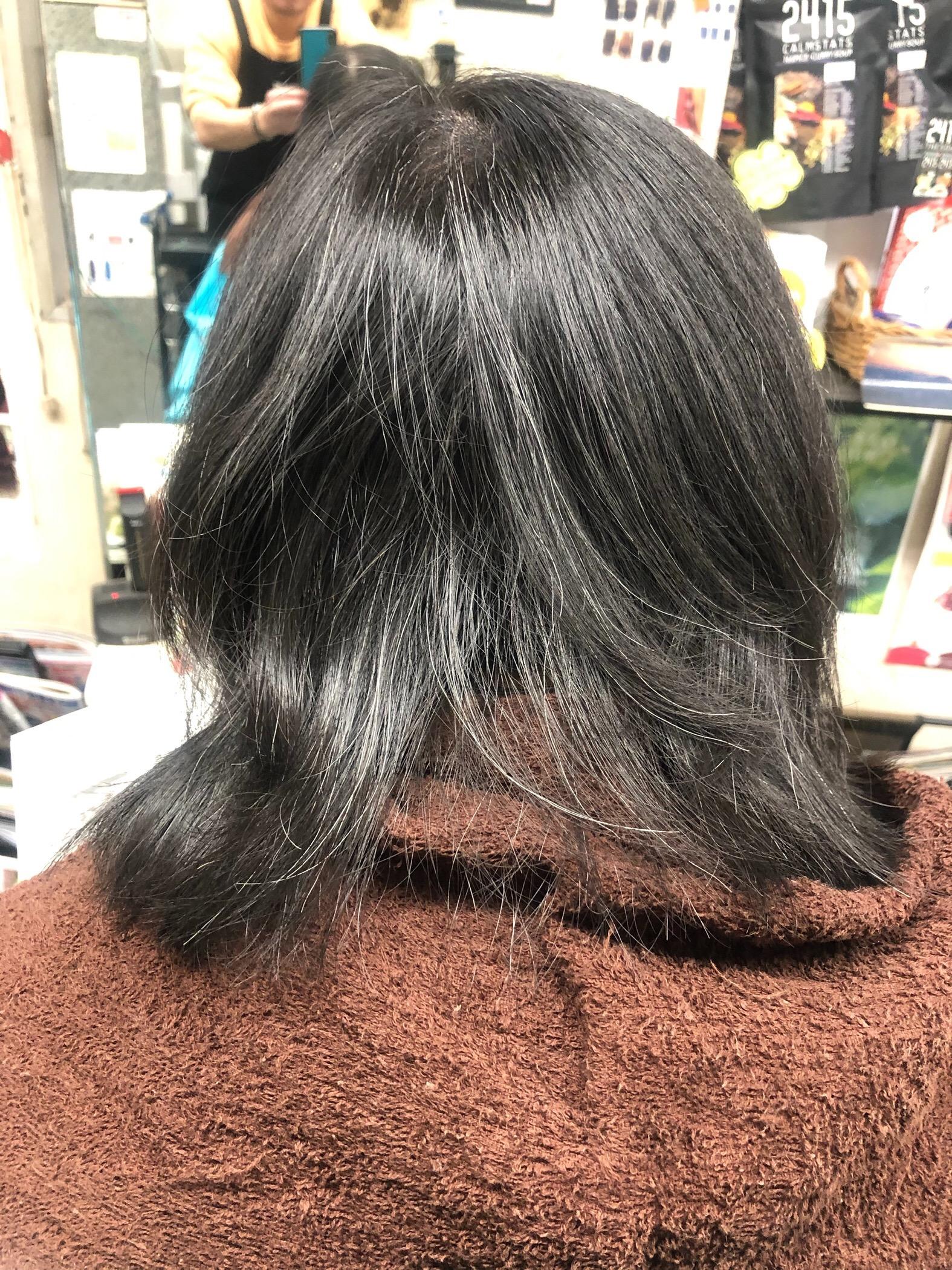 マレーア・レナータ縮毛矯正:ビフォー